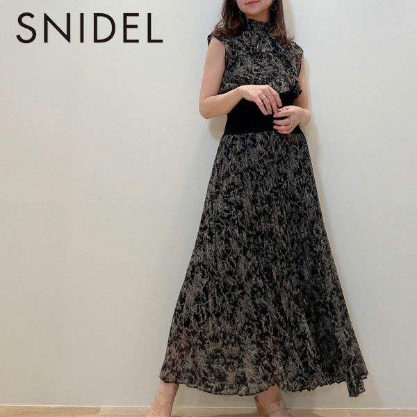 SNIDEL スナイデル  ウエストリブプリーツワンピース swfo211042